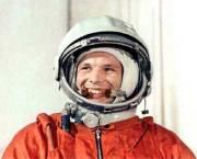Yuri-Gagarin-Pierre-Ethier