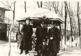 1957.12.29 НВВУ -Д.Бакърджиев,л-т Зафиров, Ив.Райчинов, И.Деянов